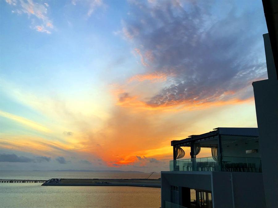 沖縄旅行記ウミカジテラスと琉球温泉・瀬長島ホテルでサンセット